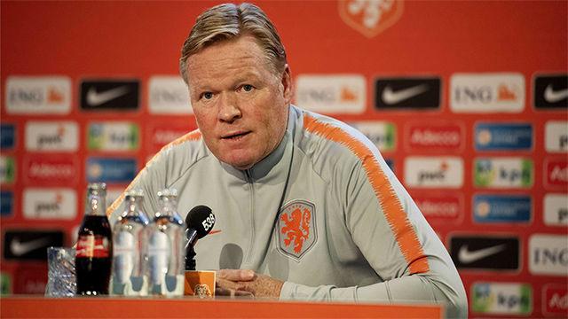 Koeman, sobre De Jong en el Barcelona: Tiene que adaptarse, pero está jugando