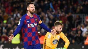 Messi celebra su primer gol de la noche