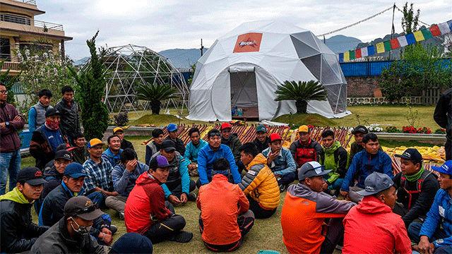 Nepal suspende todas las expediciones de montaña, incluido el Everest, por el coronavirus