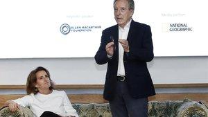 El periodista Iñaki Gabilondo dirigió el debate