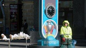 Reloj de la cuenta atrás para el inicio de la Eurocopa 2020 en San Petersburgo