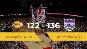 Sacramento Kings consigue derrotar a Los Angeles Lakers en el Hp Field House (122-136)