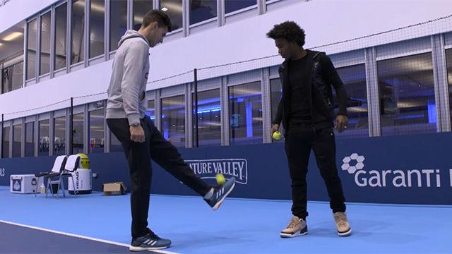 Thiem y William se baten en un duelo futbolero