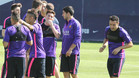 Xavi Hernández, (primero por la derecha) durante una sesión de entrenamiento del Barcelona
