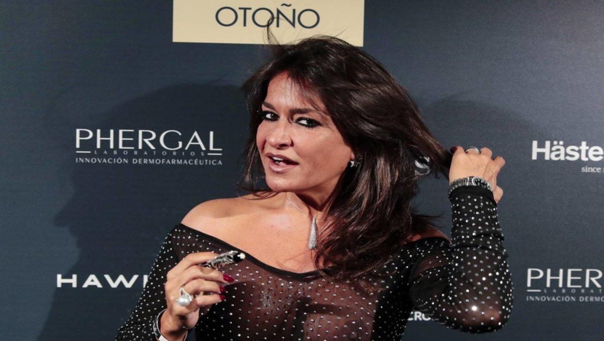 Aida Nizar Desnuda el semidesnudo de aída nízar que burla la censura de instagram
