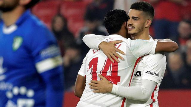 André Silva salvó al Sevilla de la sorpresa ante el Villanovense
