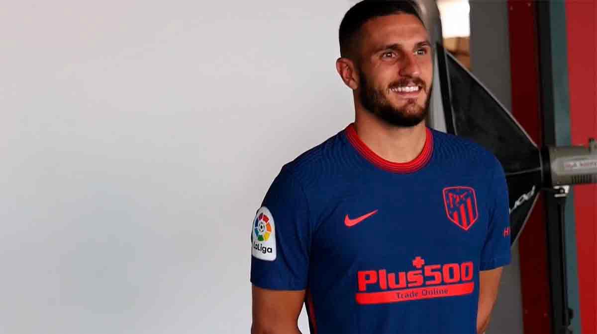 El Atlético de Madrid presenta sus equipaciones para la temporada 2020-21