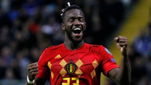Batshuayi celebrando su gol