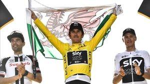 Geraint Thomas, ganador del Tour de Francia, celebrando un triunfo