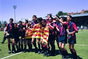 15. Gerard Piqué 2000-2001