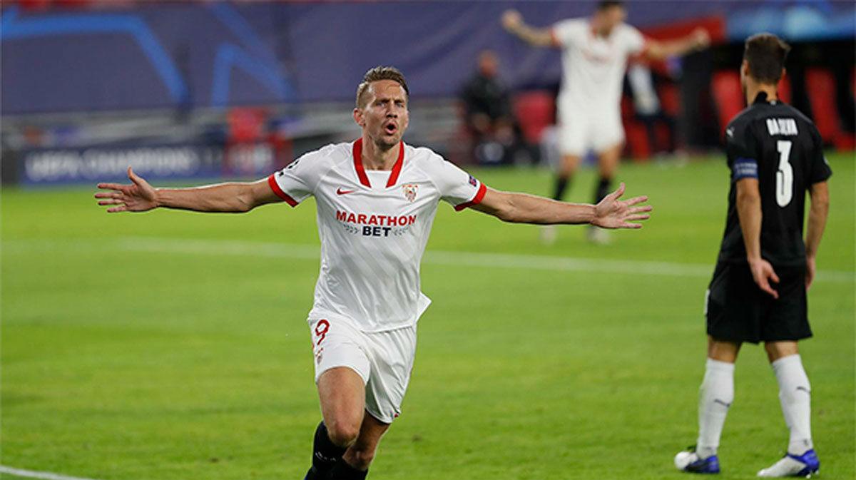 De Jong dio la victoria al Sevilla y anotó el único tanto del partido