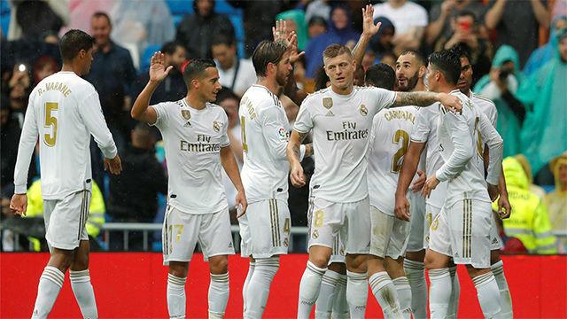 El Madrid consigue con apuros ganar al Levante