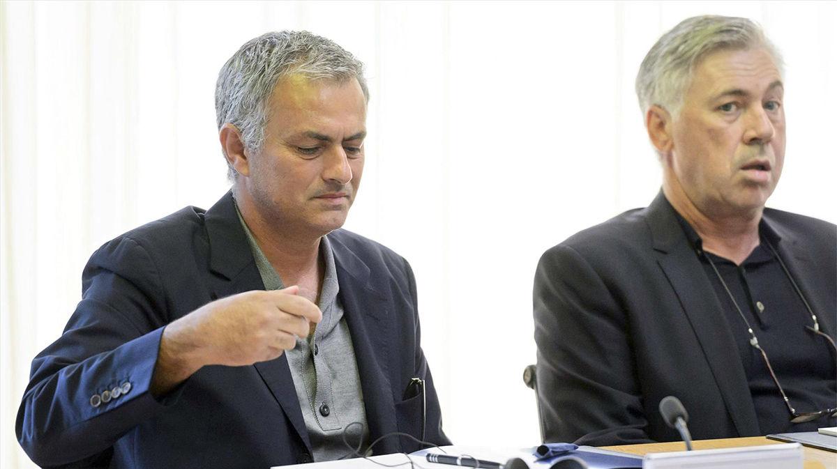 Mourinho: Me saltaré la norma de la distancia para abrazar a Ancelotti
