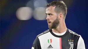 Pjanic no jugó con la Juventus ante el Atalanta