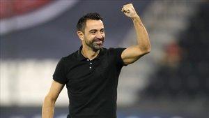 Xavi Hernández celebra su primera victoria oficial como entrenador