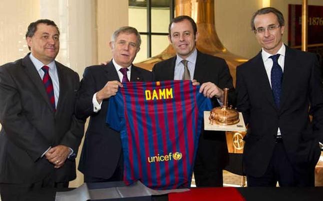 Uno de los principales patrocinadores del Barcelona, envuelto en casos de corrupción
