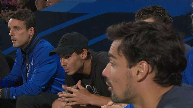 Así sufrió Rafa Nadal viendo el partido de Federer