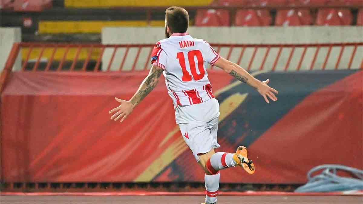 El golazo de Aleksandar Katai al Slovan Liberec