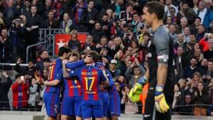 Gorka Iraizoz se llevó la pasada campaña la última decepción del Athletic en el Camp Nou