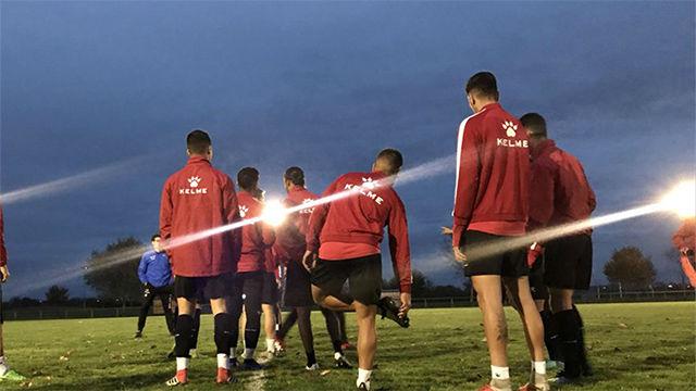 Los jugadores del Reus le ponen al mal tiempo buena cara