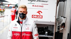 Mick Schumacher mira hacia el futuro con optimismo