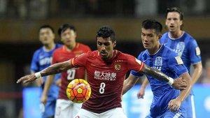 Paulinho tiene ganas de volver a China y volver a jugar al fútbol