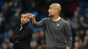 Pep Guardiola ha llevado el lazo amarillo desde el día que fueron encarcelados Jordi Sánchez y Jordi Cuixart