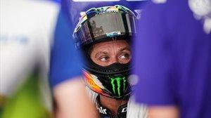 El rostro de Valentino Rossi ya mostraba, en el calor de Malasia, la pasada semana, el paso de los años.