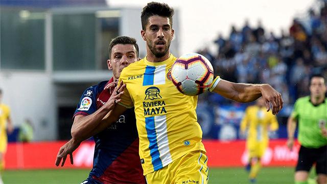 El Espanyol se afianza en segundo lugar tras vencer en Huesca
