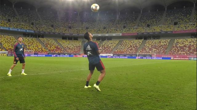 Espectáculo de controles y pases de Thiago, Rodri y Ramos