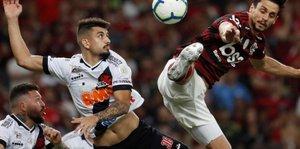 Flamengo y Vasco da Gama regalaron un estupendo partido por el Brasileirao