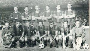 La formación titular que presentó el Barça en la última final copera contra el Valencia, en 1971