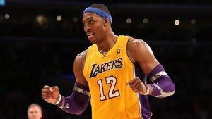 Howard volverá a los Lakers para sustituir la baja de Cousins
