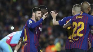 Leo Messi celebra el gol que abrió la cuenta azulgrana ante el Rayo Vallecano