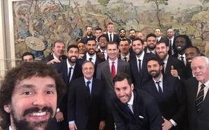Llull y su selfie real en la Zarzuela