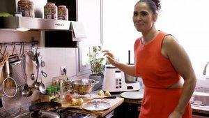 Rosa López triunfa en Ven a cenar conmigo con su menú vegano y sus declaraciones sexuales | El Español