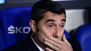 Valverde, en el banquillo en el derbi