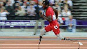 Blake Leeper seguirá compitiendo en los paralímpicos