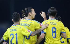 Ibrahimovic marcó y falló un penalti en el triunfo de Suecia ante Liechtenstein
