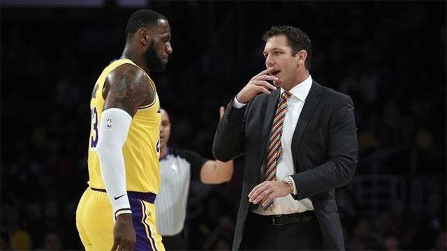 Lakers despiden a Luke Walton; Lue y Williams suenan como sus sustitutos