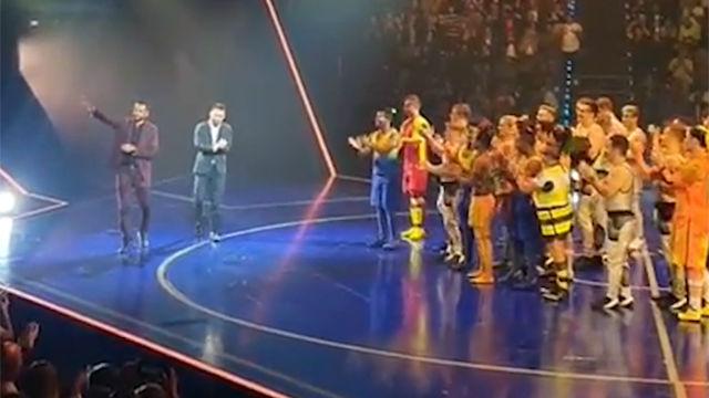 ¡Messi, al escenario! Así fue su aparición en el Circo del Sol
