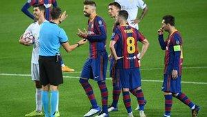 Piqué no ha terminado el partido contra el Ferencvaros