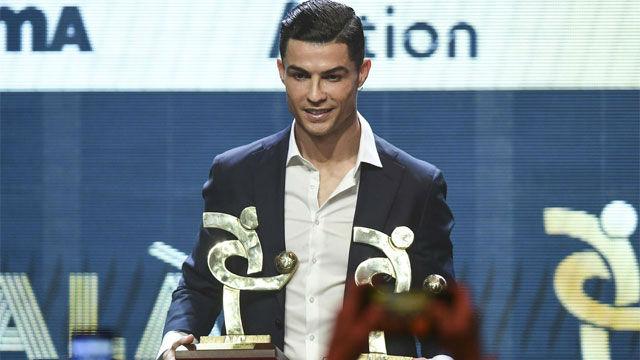 ¿Qué hacía Cristiano mientras Messi recogía su sexto Balón de Oro?