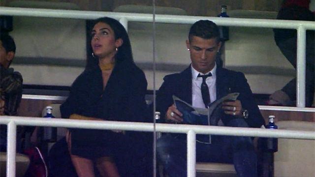 La reacción de Cristiano Ronaldo y su novia - Resumen Real Madrid - Deportivo