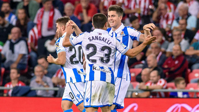 La Real Sociedad atropella al Athletic en el derbi vasco