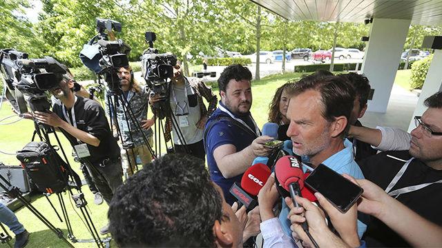 Ronald De Boer: De Jong tendrá éxito en el Barça