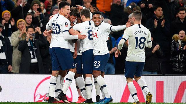El Tottenham baja los salarios un 20%