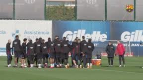 El último entrenamiento del Barça antes de medirse al Espanyol