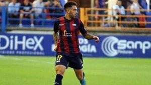 Víctor Pastrana es un futbolista con experiencia en Segunda División B