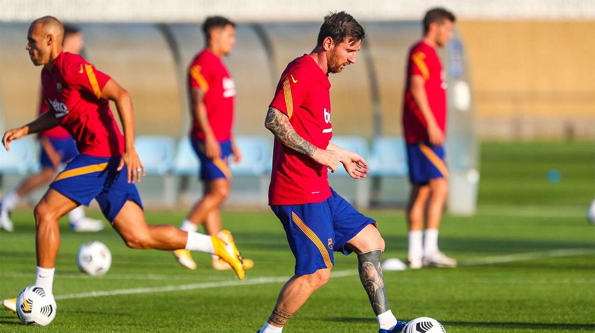 Arturo Vidal no entrena con el Barça y Pjanic se ejercita al margen del grupo